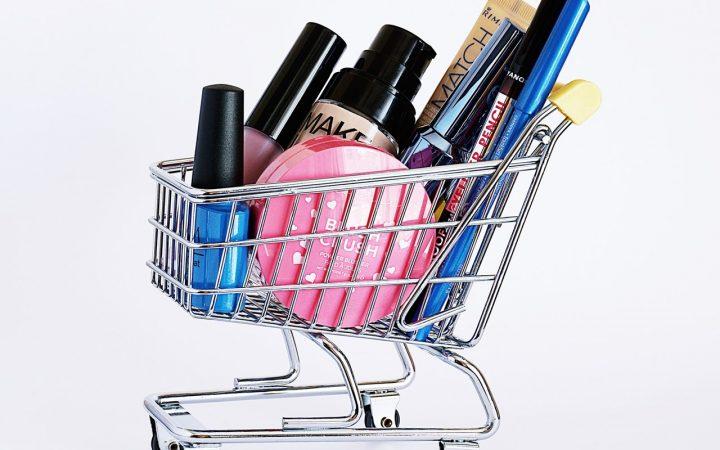 Jak prezentować produkty w sklepie online, aby zwiększyć wyniki sprzedaży?